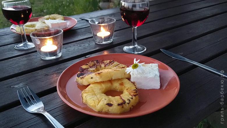Десерт из ананаса на угольном гриле (видео)