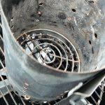 Почему на угольном гриле нельзя использовать жидкость для розжига