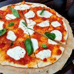 Пицца «Маргарита» на гриле (видео)